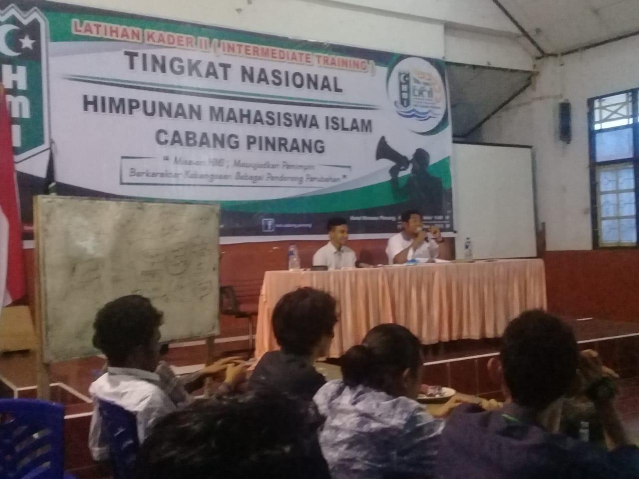 Tokoh Pengusaha Parepare Jadi Pembicara LK2 Nasional HMI di Pinrang