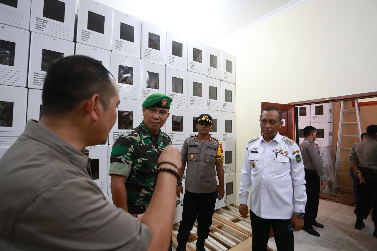 Wawali Palopo : Logistik Pemilu agar Terjaga Baik. KPU Terima Sesuai Data